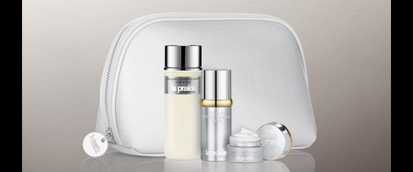 Receive a free 4- piece bonus gift with your $400 La Prairie purchase